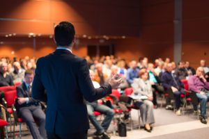 Advantages Of Hiring Wired Microphones For Your Event
