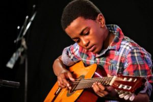 Learn To Play Like a Pro With Guitar Classes NYC