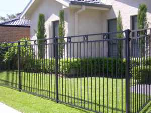 What to Avoid While Hiring a Fence Contractor