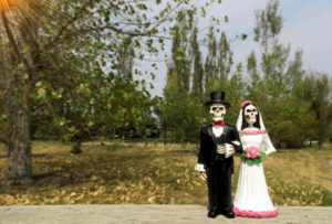 Beautiful Halloween Wedding Ideas